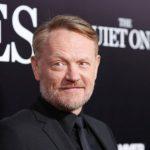 """Актор серіалу """"Чорнобиль"""" подякував Києву у промові на """"Золотому глобусі"""""""