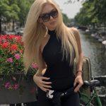 Співачка Нюша показала нові знімки маленької дочки Сімби