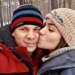 Молода дружина Віктора Павлика кардинально змінила імідж